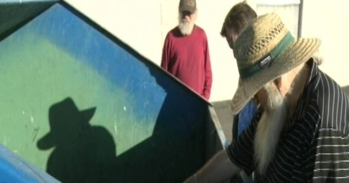 Thanks for Your Service: Vets' Info Tossed in Trash