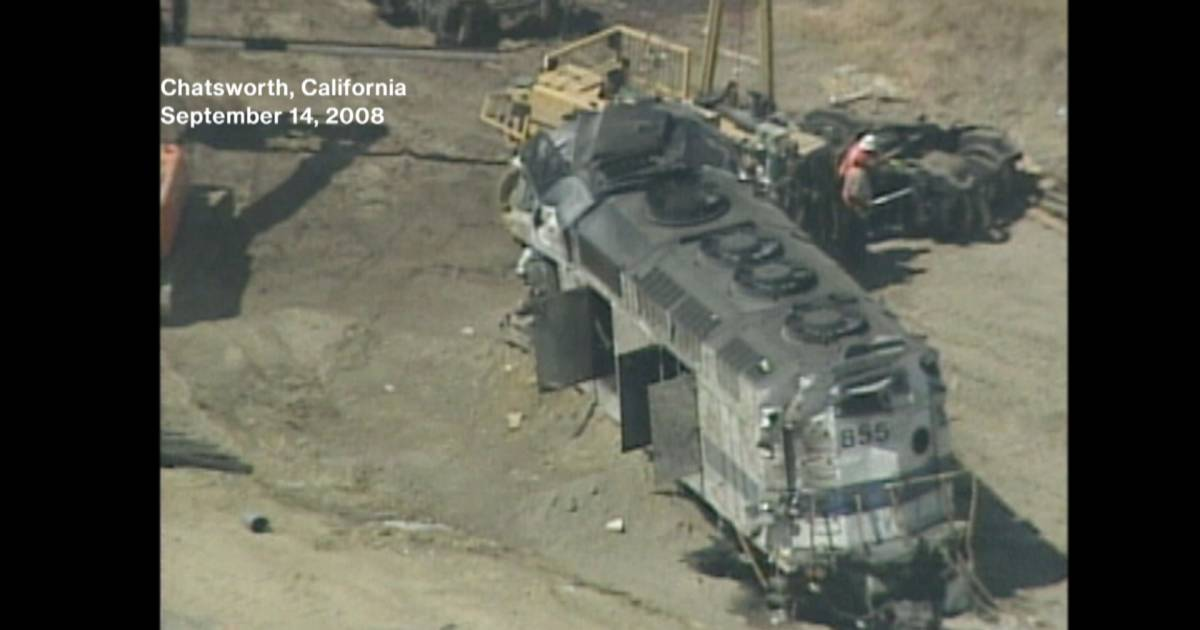 Railroads Fight Rail Safety Improvement Act with Help from ...  |Chatsworth Train Wreck California