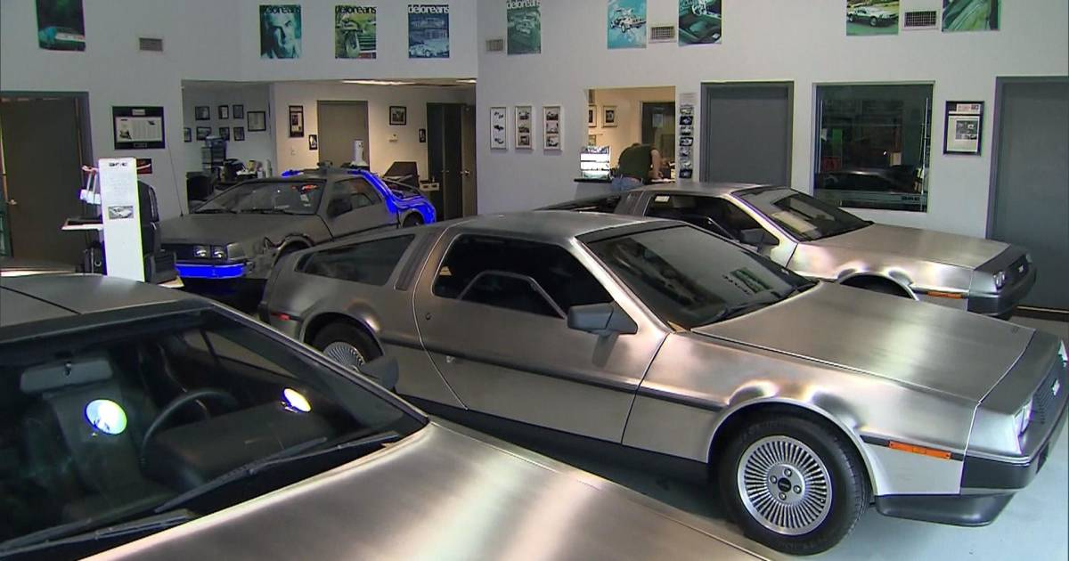The DeLorean Is Going Back Into Production pictures