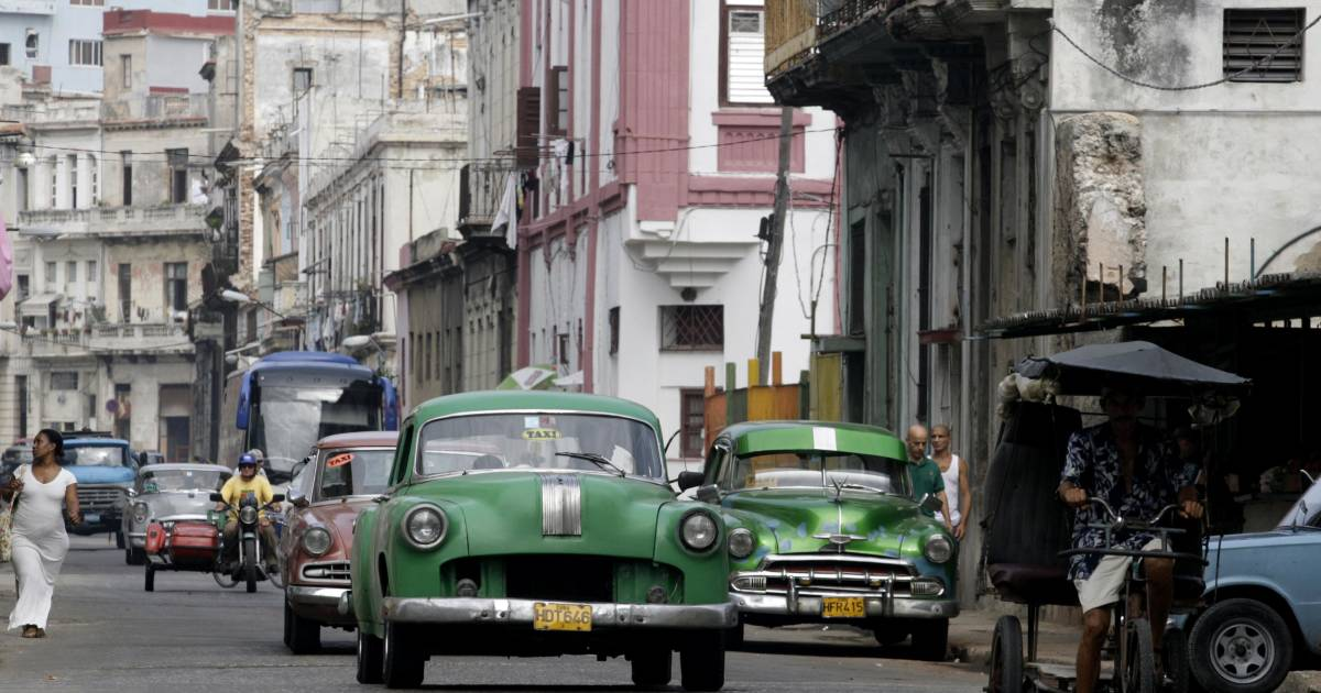 Latino Auto Sales >> New Cuban Law Allows Car Purchases, But Prices Are Sky High