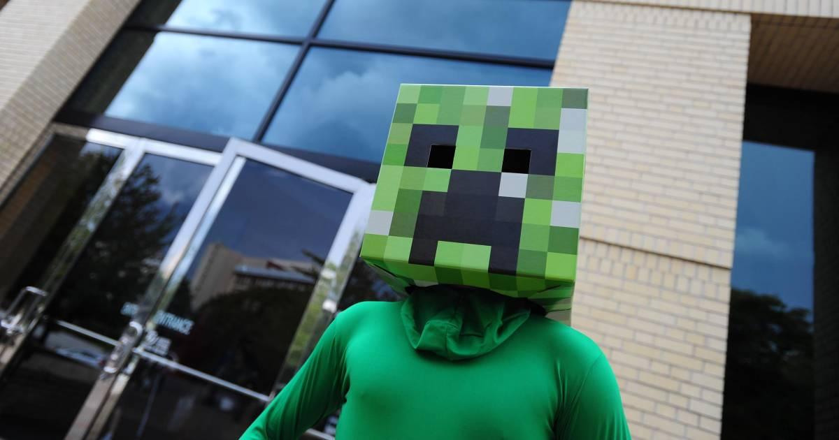 Microsoft Buys Minecraft Maker for $2.5 Billion - Petri
