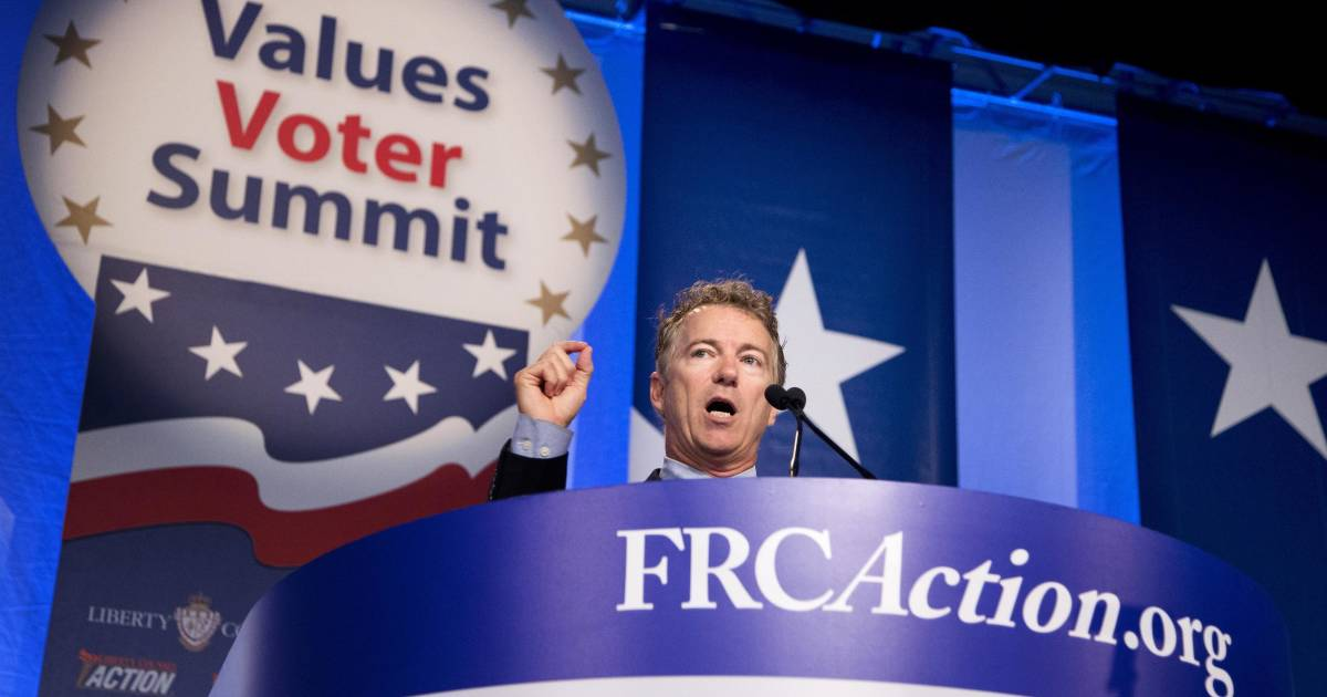 Paul, Cruz Jockey for Backing from Christian Voters