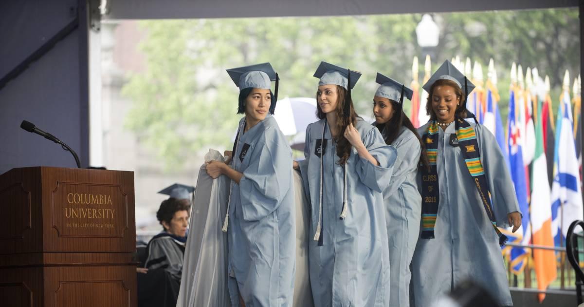 Columbia Student Emma Sulkowicz Brings Rape Protest Mattress to Graduation
