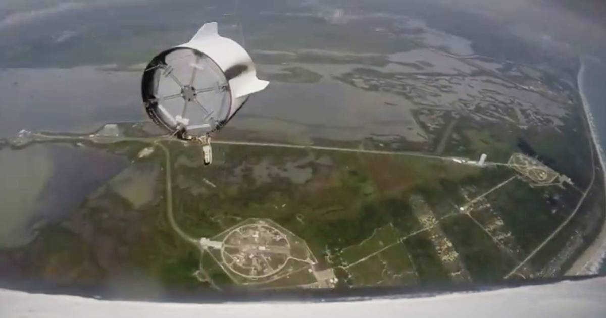 Get an Astronaut's-Eye View of SpaceX's Dragon Launch ...
