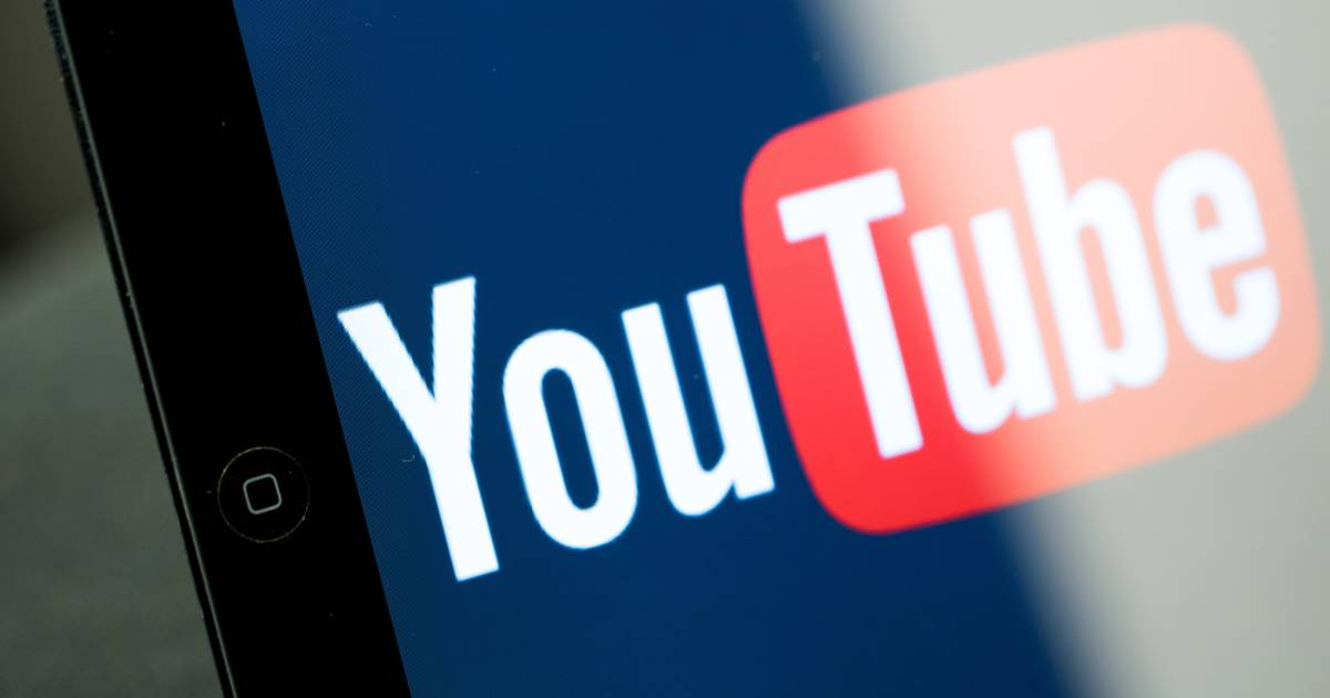 YouTuber 'Toy Freaks' may cause psychological damage to his kids, experts say