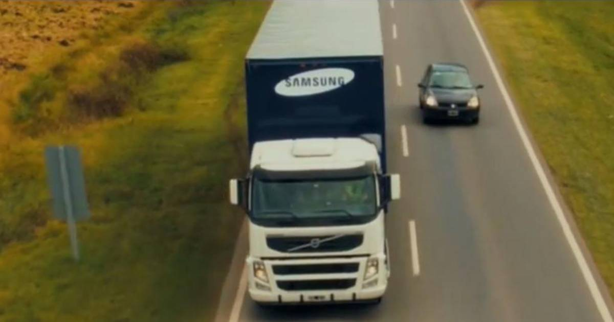 Samsung's 'transparent' truck aims to make driving safer