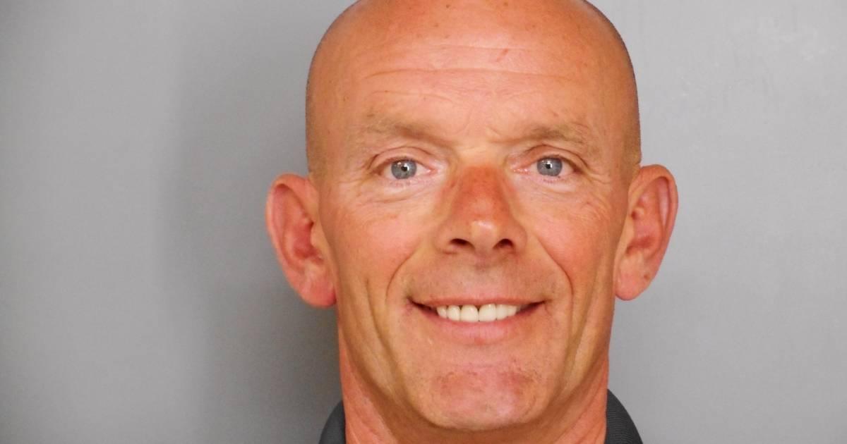 Officer Joe Gliniewicz's Dark Double Life Leaves a Village in Shock