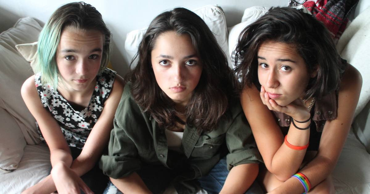 Teen Girl Band Kalliope Jones Fights Sexism After Being Told To Use The Sultry-8580