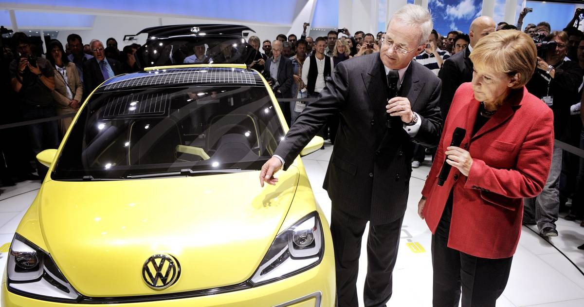 Dealers, Customers Left in Lurch by Volkswagen Scandal
