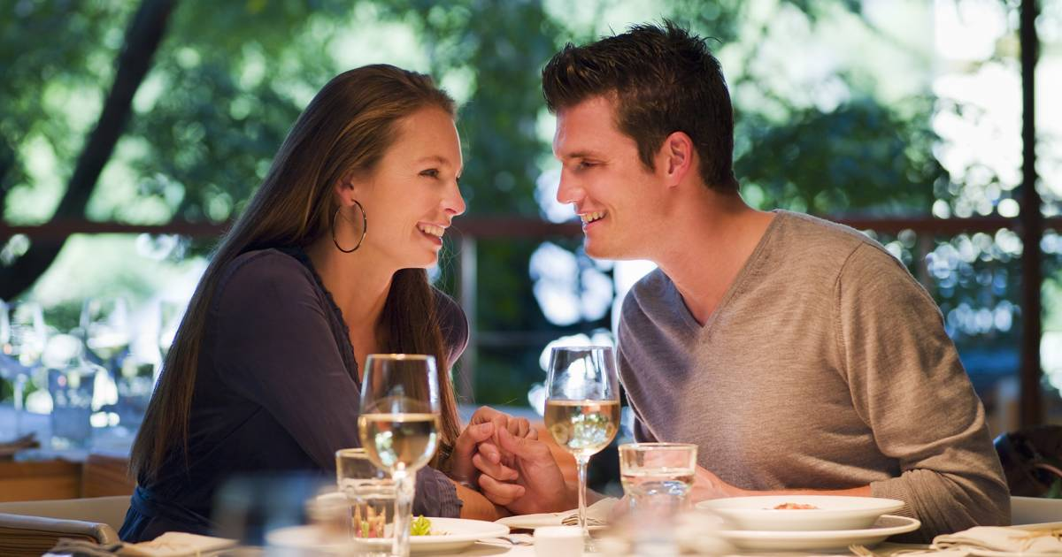 30 easy, not-cheesy ways to fall in love with your husband again