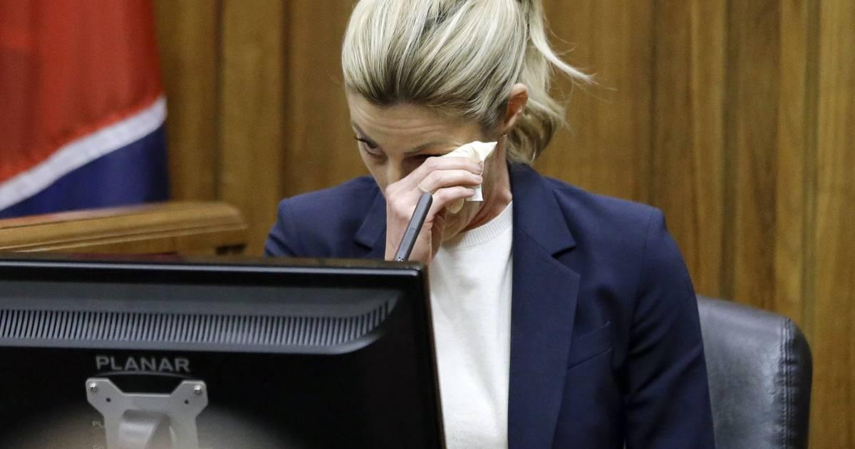 Erin Andrews Tearfully Testifies Stalkers Nude Videos -1341