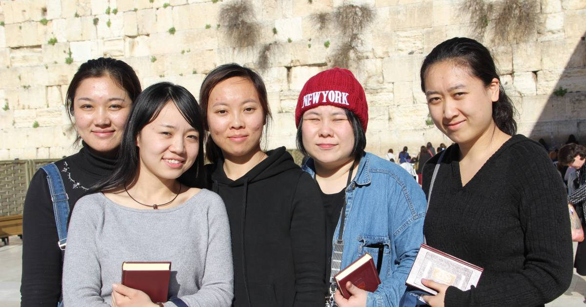 kaifeng single women Marriage registration in china:  for men that is 22 years and for women 20  in cases where a person cannot obtain a single status certificate they can.