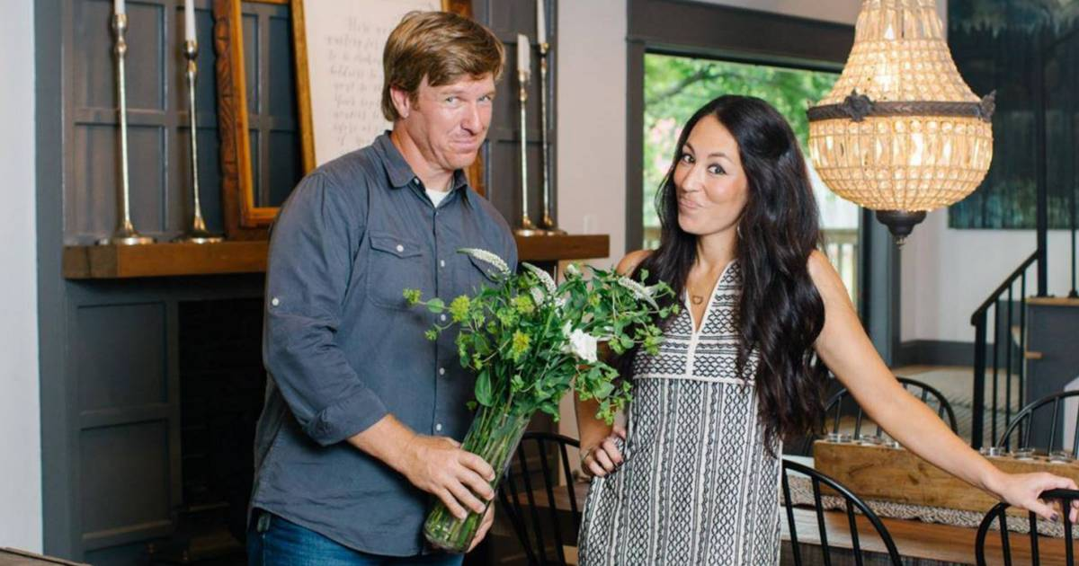 39 fixer upper 39 what it 39 s actually like to be on the hgtv show for How does fixer upper actually work