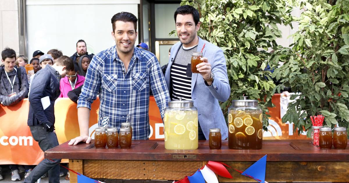Property brothers diy cooler fire pit and other summer for Property brothers bliss