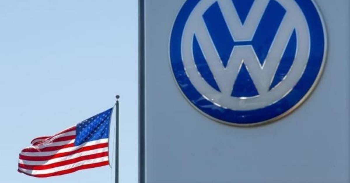 Vw Engineer Pleads Guilty Will Cooperate In Diesel Emissions Probe