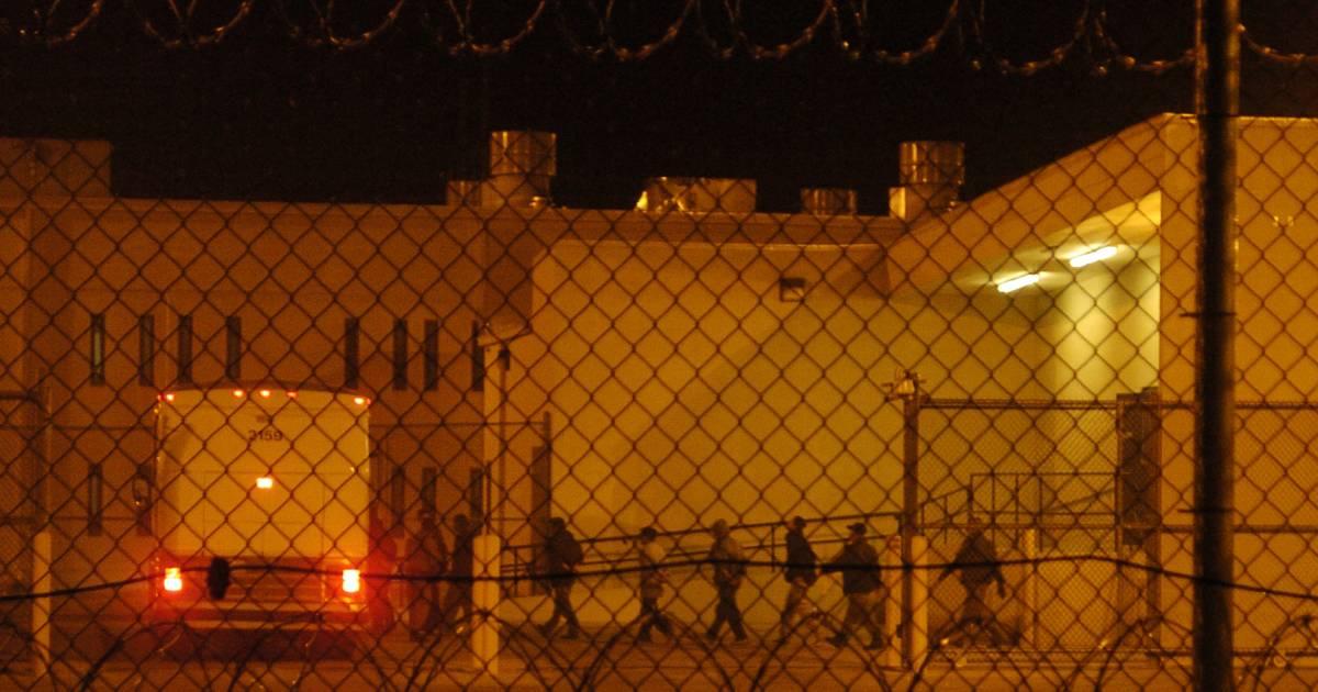 Private Prisons Memo Could Signal More Immigrant Lockups