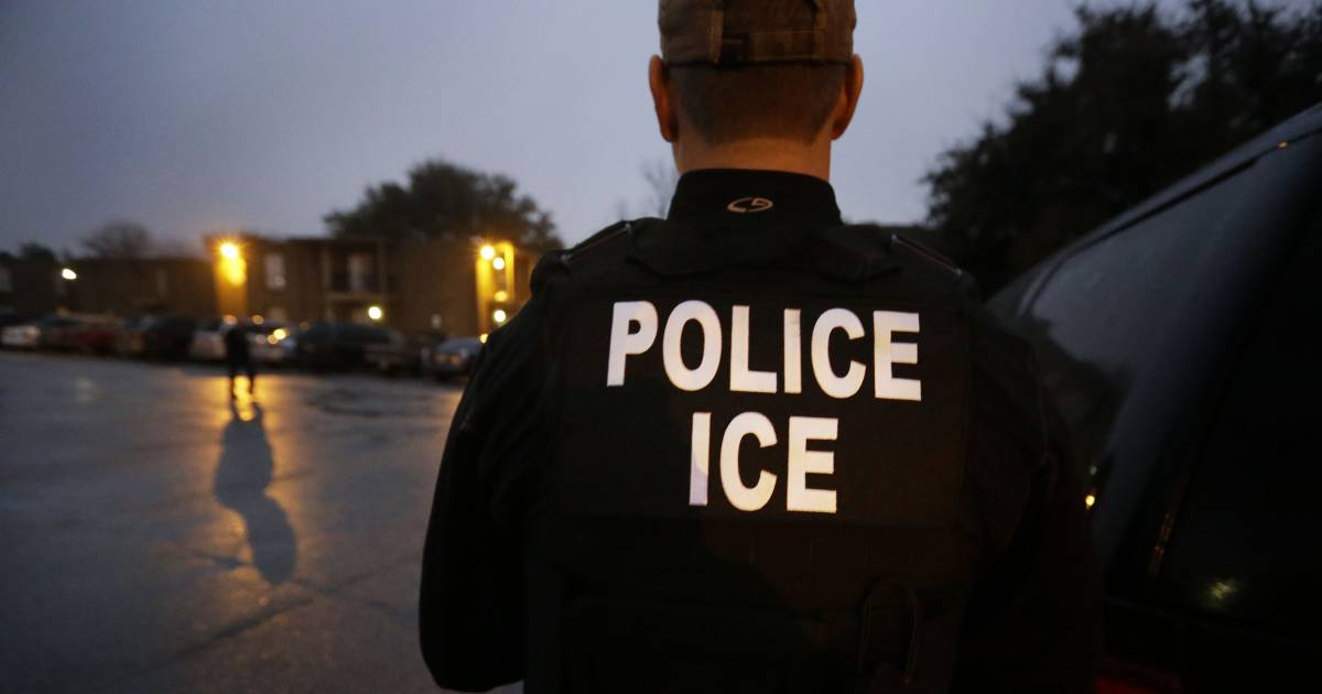 Sexual Assaults in Immigration Detention Centers Rarely Get Investigated, Group Charges