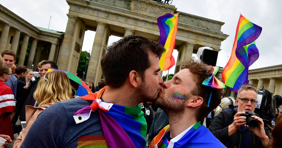 new germany gay personals Meet new germany singles online & chat in the forums dhu is a 100% free dating site to find personals & casual encounters in new germany.