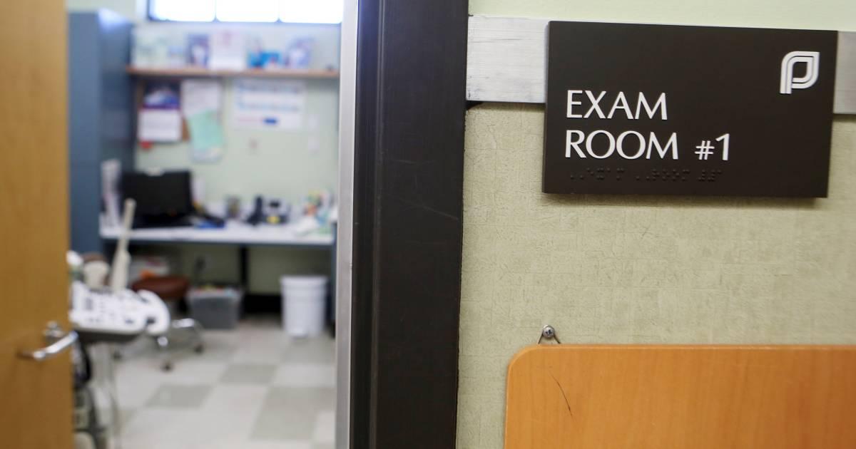 Texas Judge Blocks Cutting Funds to Planned Parenthood in Sharp Rebuke