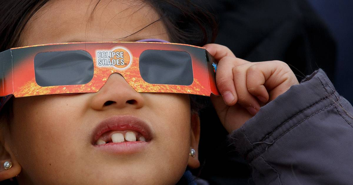 Free Solar Eclipse Glasses Are Out There, If You Know Where to Look