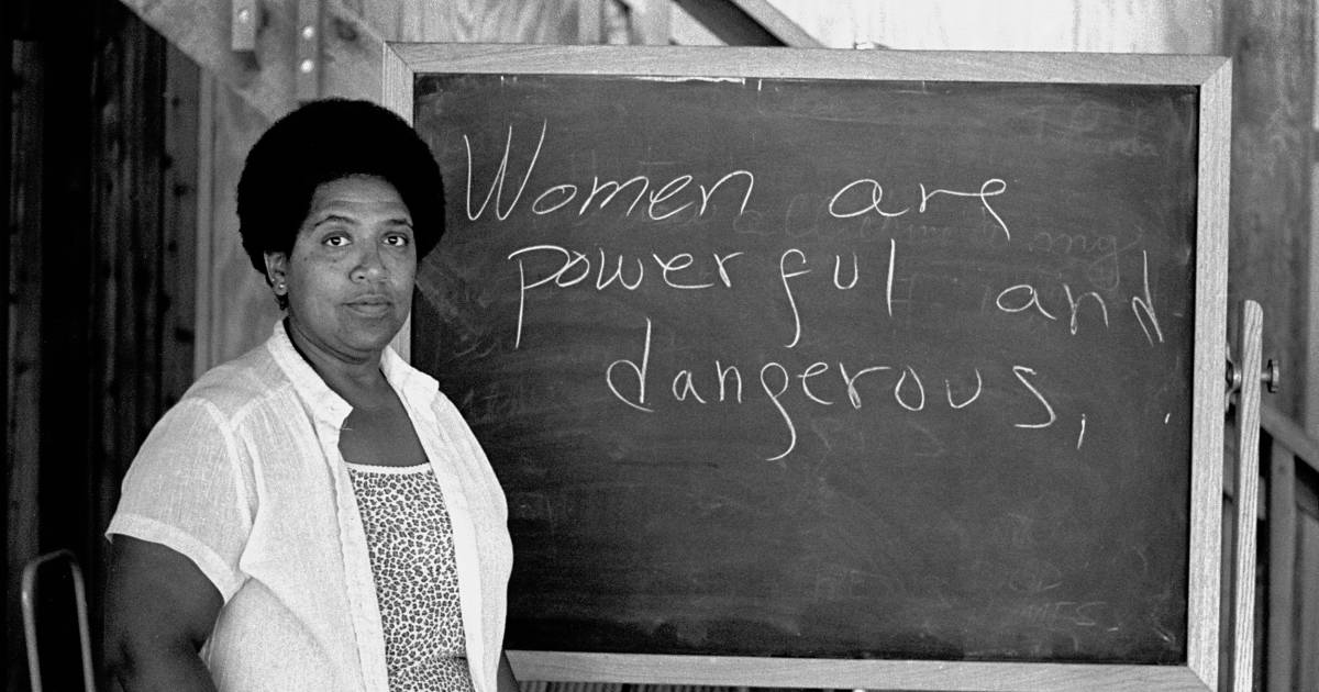 thesis on black feminism Finally, black feminist critic bell hooks captures the unique  the saliency of one or another type of oppression, the thesis of the linked.