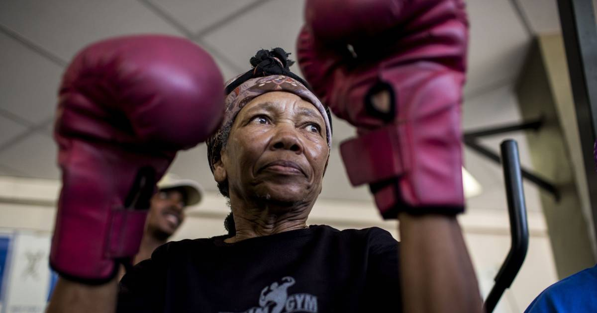 Boxing Grannies Pull No Punches in Johannesburg Gym