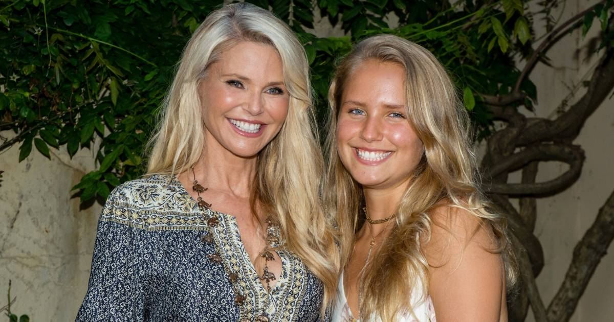 Christie Brinkley, Daughter on Cover Picture | Celebrity ...