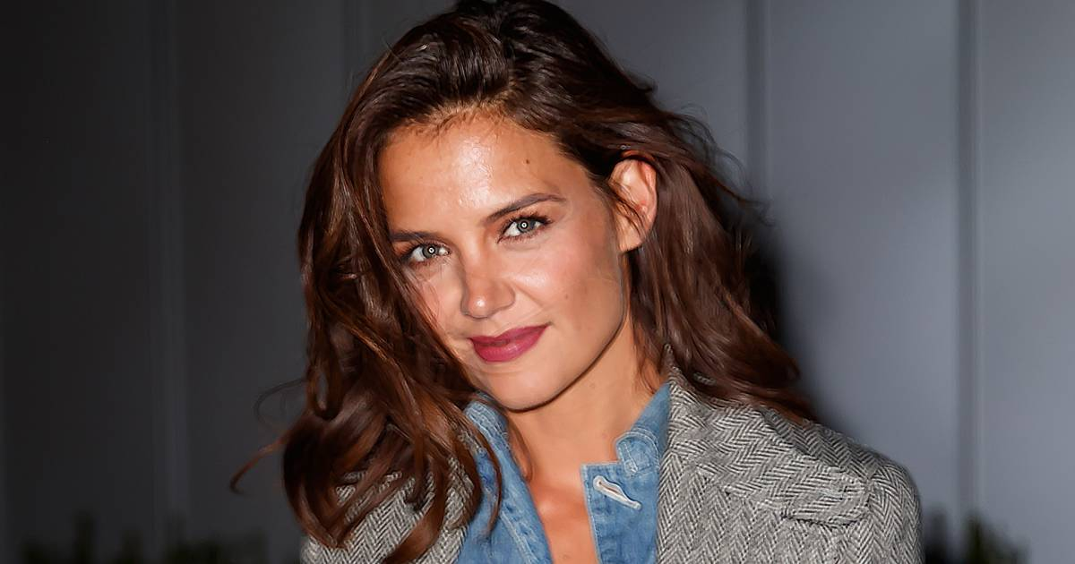 Katie Holmes Just Got A Short Pixie Haircut See Her New Look