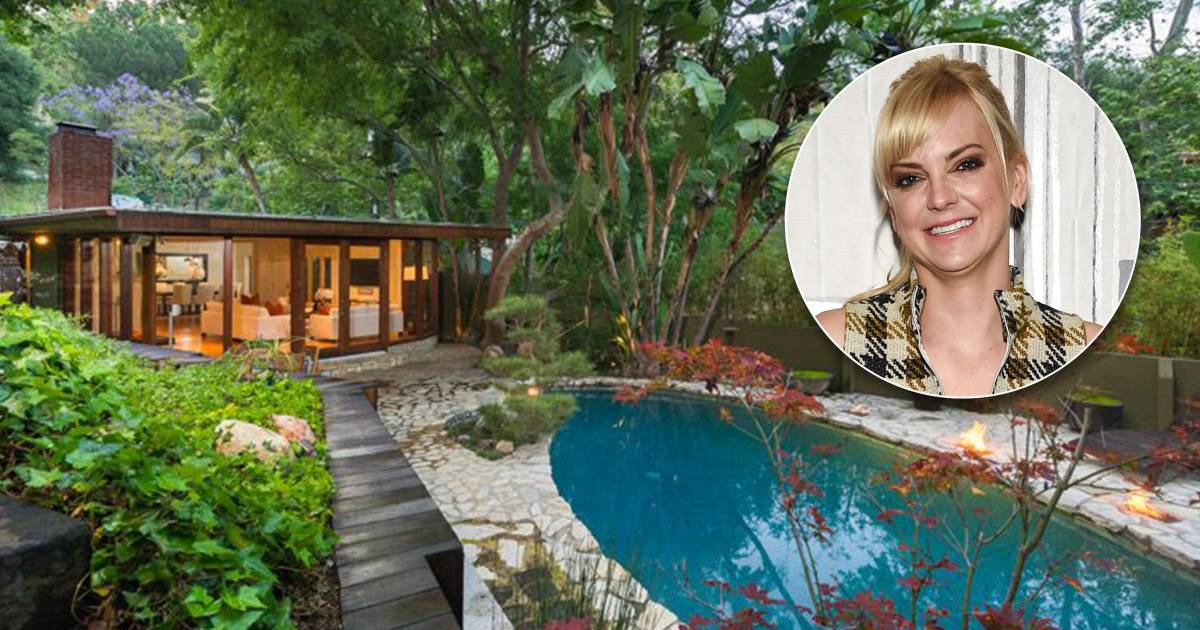 Anna Faris Hollywood Hills Home Is For Sale