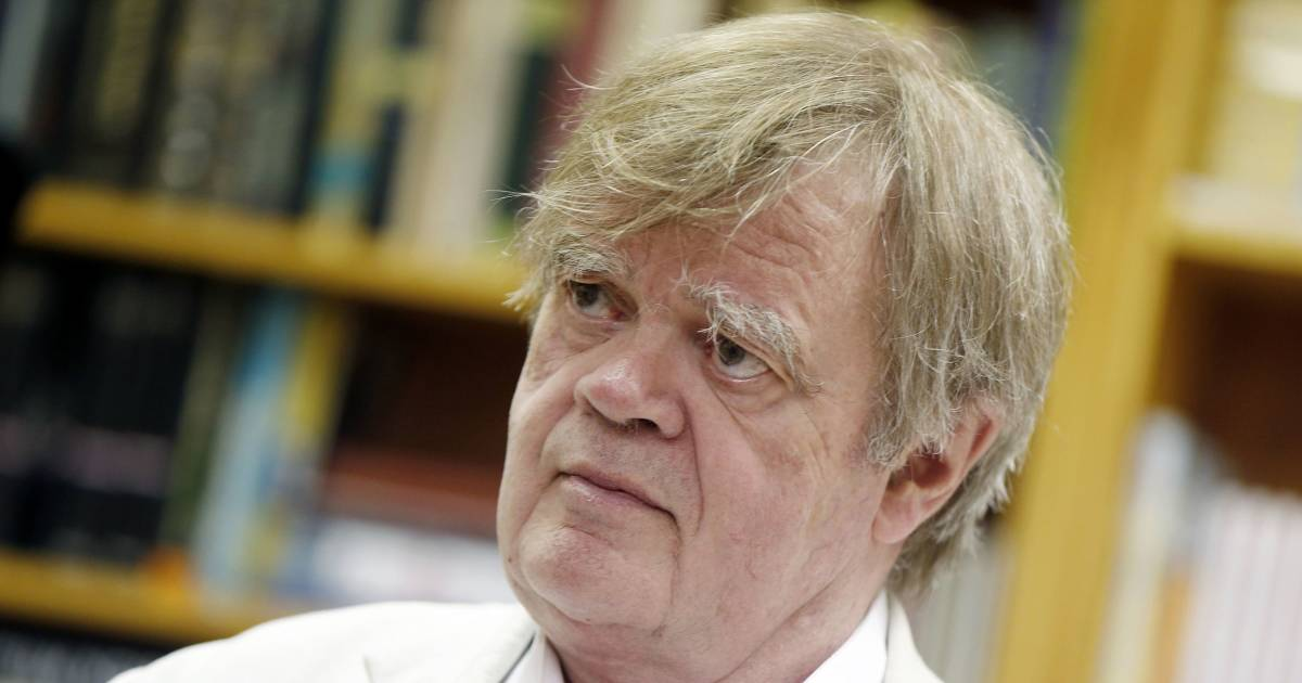 Garrison keillor says sexually suggestive emails were romantic writing expocarfo