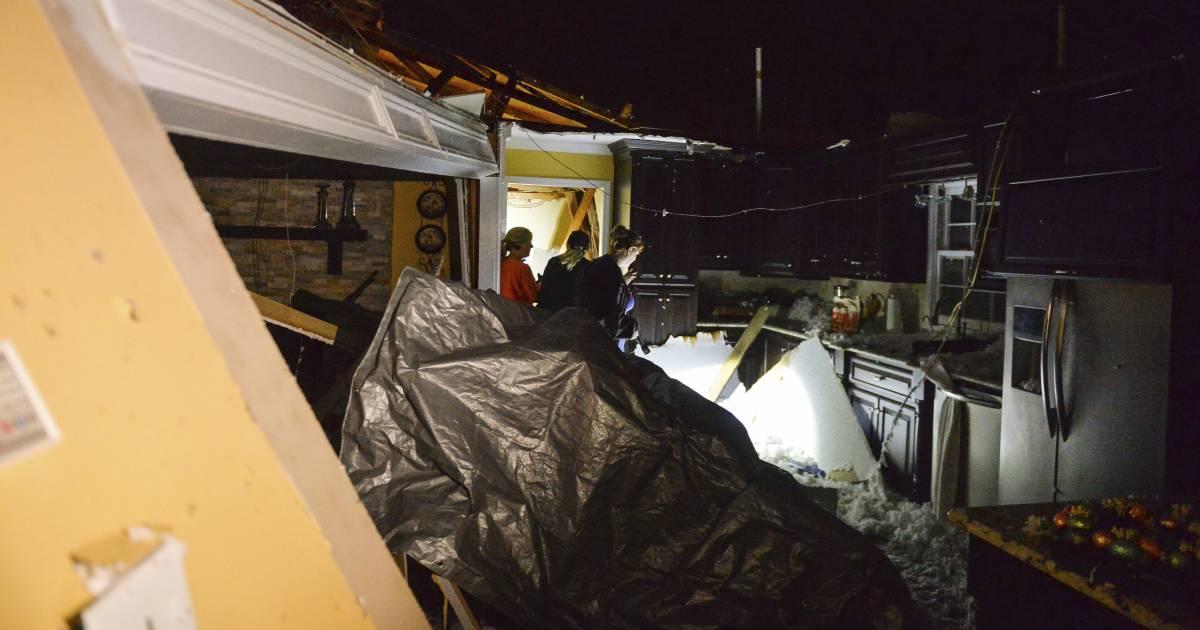 Tornado Strong Winds Hit Alabama Ahead Of Major