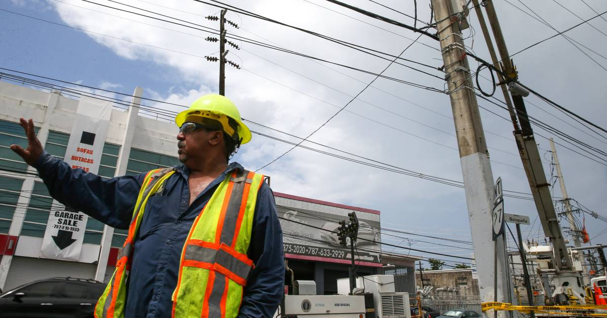 Puerto Rico's new law moves to privatize power grid 9 months after Hurricane Maria