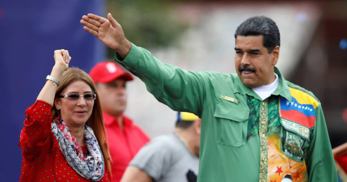 """venezuela oil aff Spillovers from oil-exporting countries: russia and venezuela   30 figure 9  figure 21 supply and demand factors in the oil price  shock   aff airs, us senate, washington, may 20 mccracken, r 2015 """"shale ."""