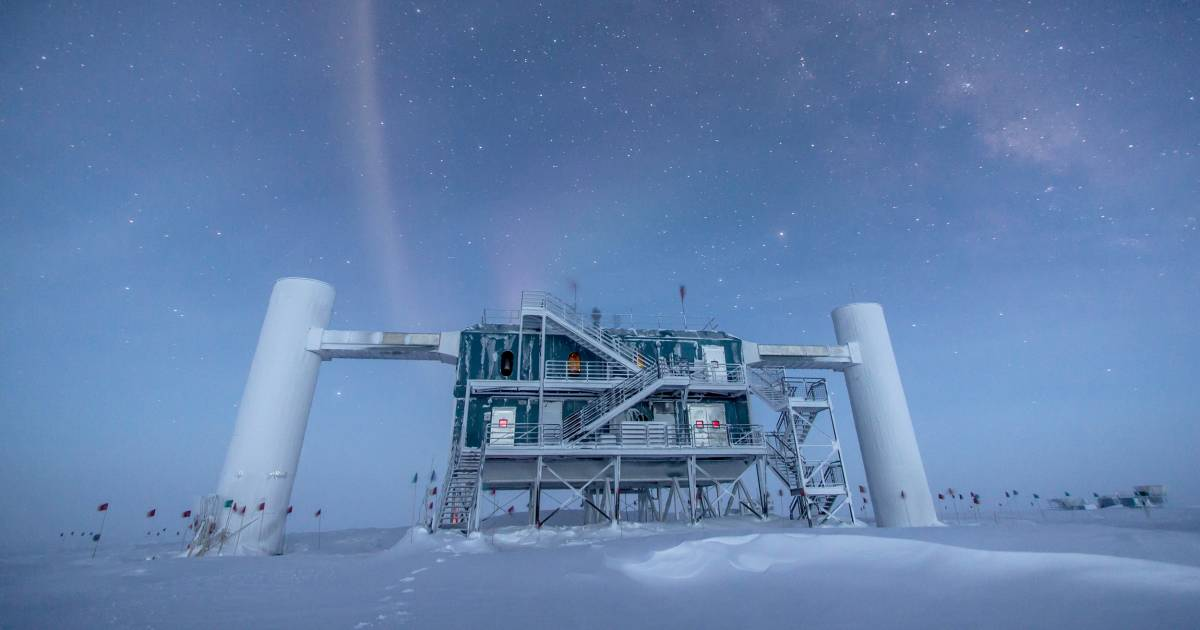 A major physics experiment just detected a particle that shouldn't exist