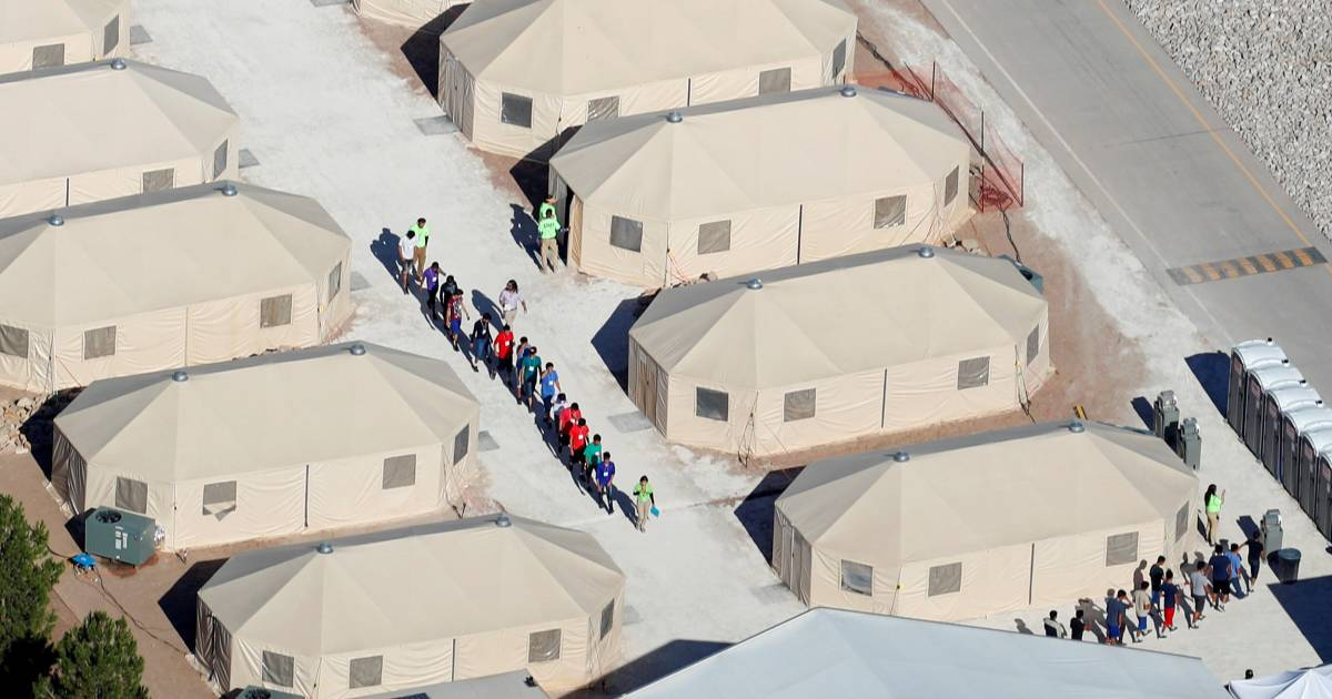Tent cities cost millions more than keeping migrant kids with parents