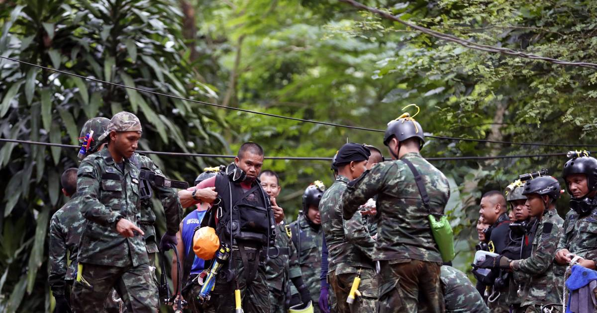 Soccer team trapped in Thailand: Weather key to rescue ...