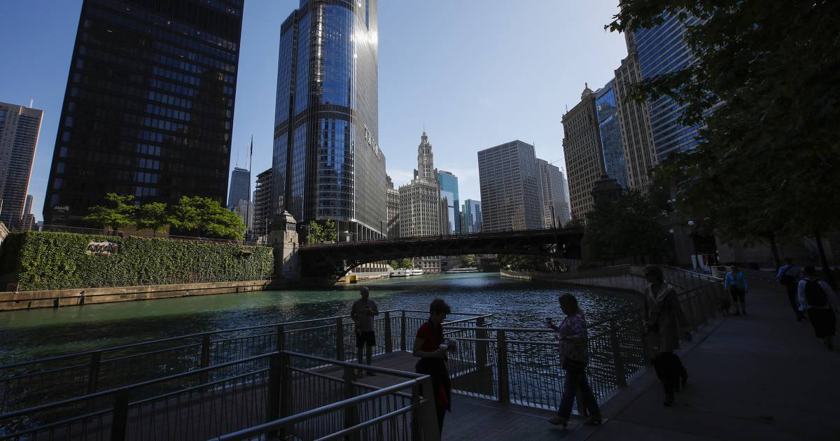 Current Status: Hot water: Illinois AG sues Trump Tower Chicago over alleged river pollution