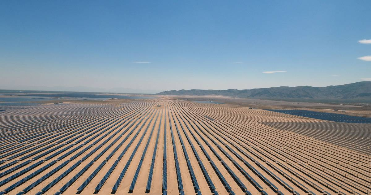 Supersized Solar Farms Are Sprouting Around The World And