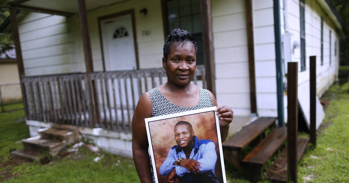 16 prisoners died in one month in Mississippi. Their families want to know why.