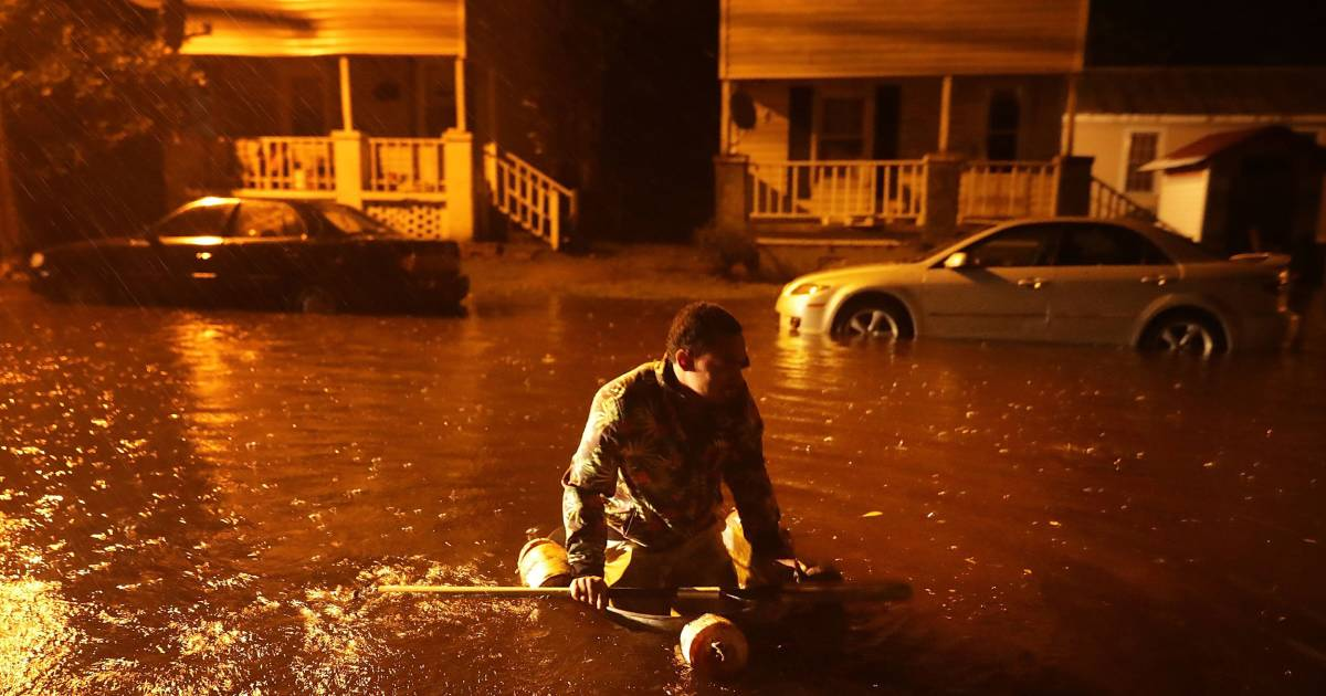 Nearly 150 people trapped in New Bern, N.C., as town battered by Florence