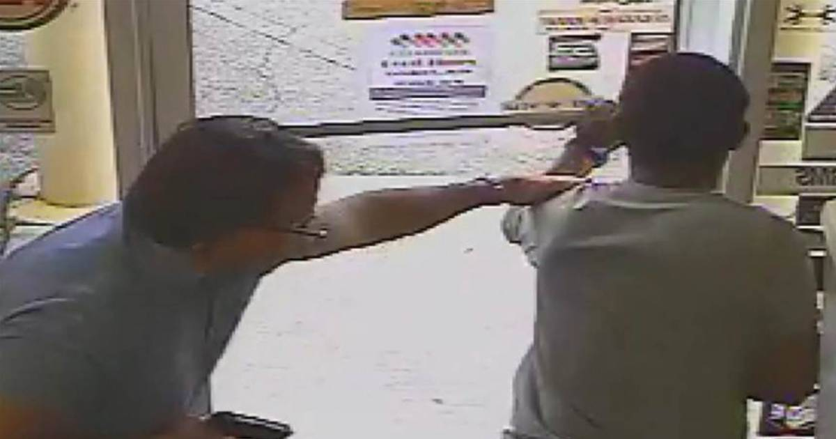 Video shows Florida city commissioner killing suspected shoplifter