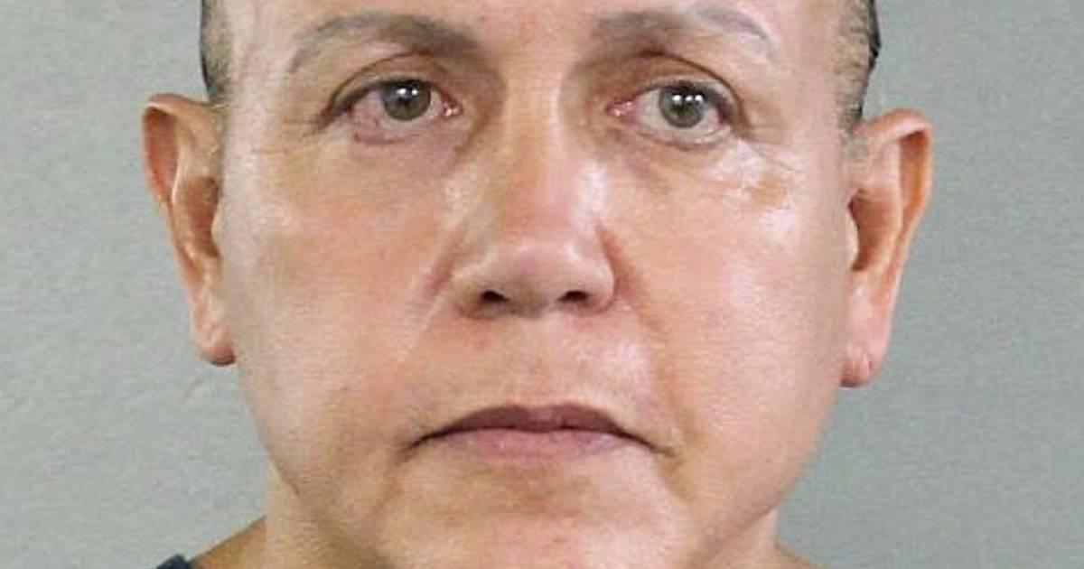 Mail bombing suspect Cesar Sayoc faces life in prison