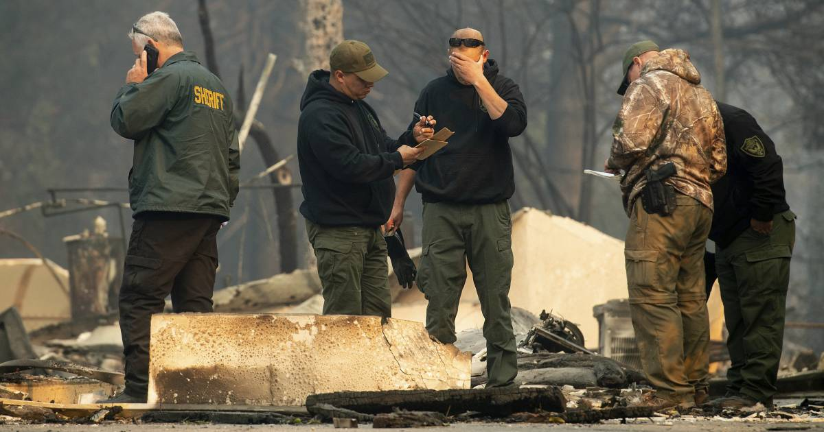 Death toll in California wildfires climbs to 25