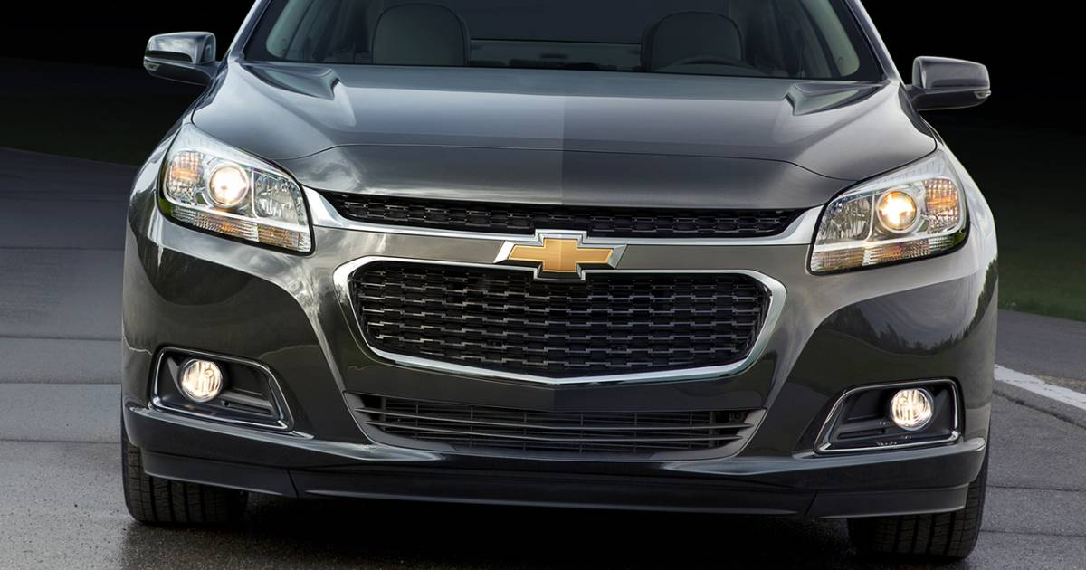 gm recalls chevy malibu sedans over wiring computer problems. Black Bedroom Furniture Sets. Home Design Ideas