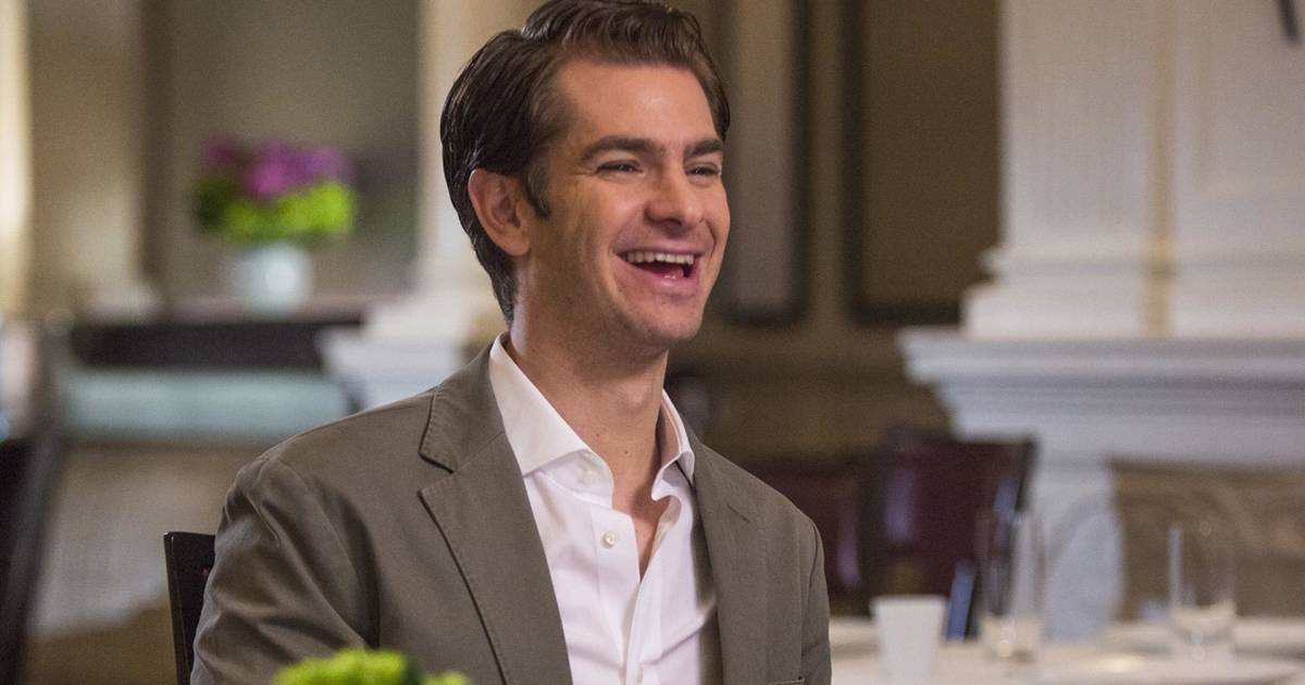 Andrew Garfield would rather give fans a hug than take selfies with them