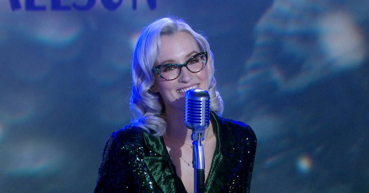 Ingrid Michaelson performs 'Looks Like a Cold, Cold Winter' on TODAY