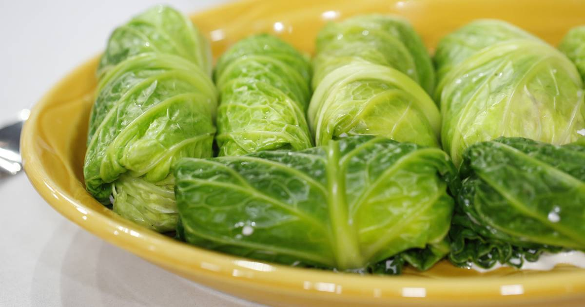Cole slaw wraps and more recipes to make leafy greens tasty and interesting
