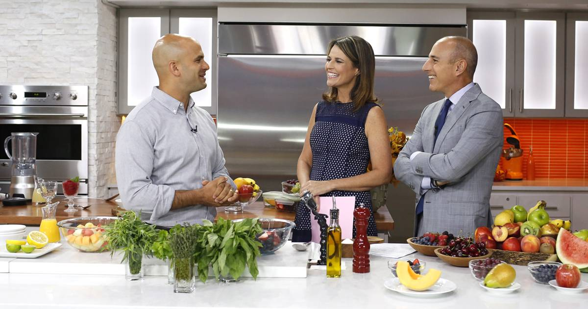 Sam Kass shows 3 easy ways to eat more fruit (you're probably not eating enough)