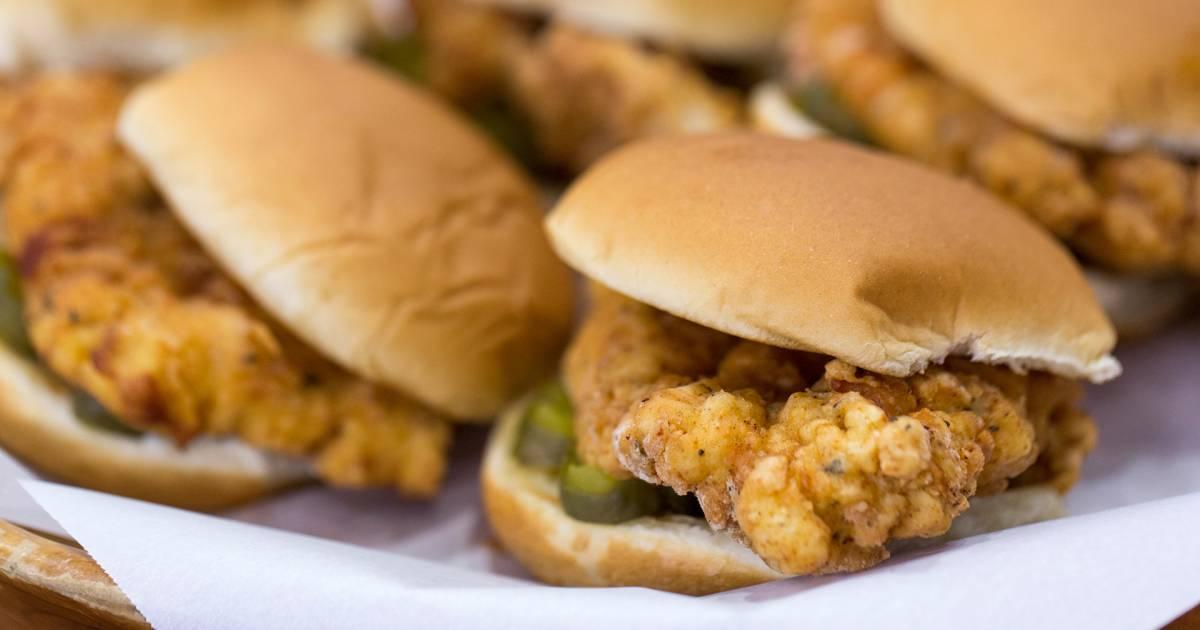 This homemade Chick-fil-A chicken sandwich is fingerlickin' good!