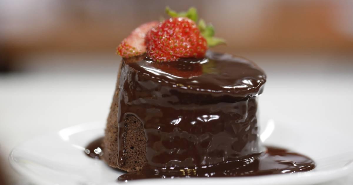 Gesine Bullock-Prado's microwave chocolate mini cakes will rock your world
